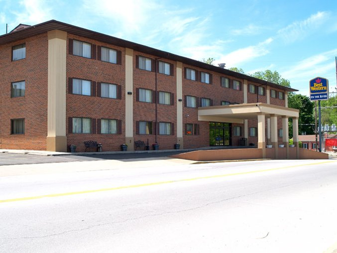 Best Western Plus On The River - Hannibal Missouri