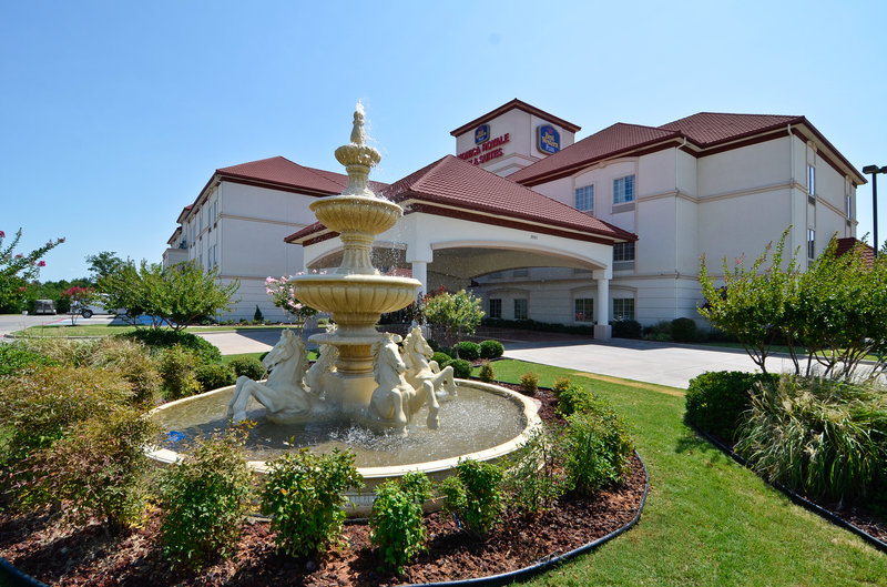 Best Western Plus Monica Royale Inn & Suites - Greenville Texas