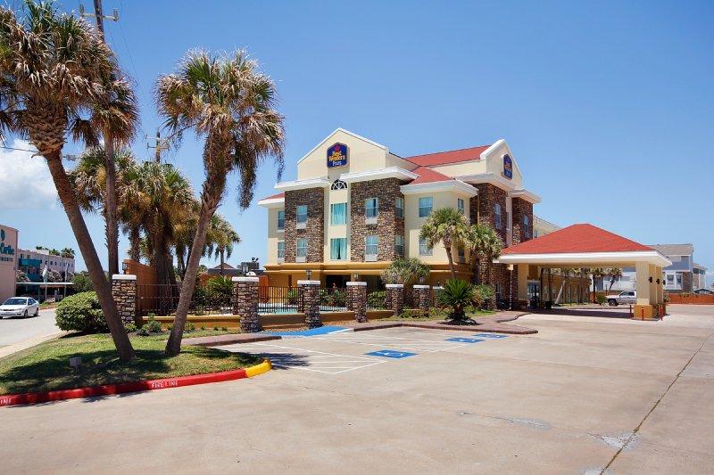 Best Western Plus Seawall Inn U0026 Suites By The Beach   Galveston Texas